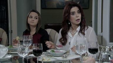 Gigi e Eudóxia enganam Valdirene - A periguete marca de se encontrar com Carlito na casa do marido
