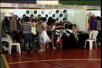Festival de moda leva grande número de visitantes a Juazeiro do Norte - Fábricas de todo o estado do Ceará participam do evento.