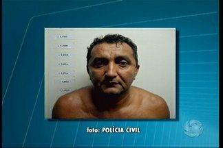 Homem é preso em Salgueiro suspeito de estelionato - O suspeito tinha três numerações de CPF e foi levado para o presídio de Salgueiro