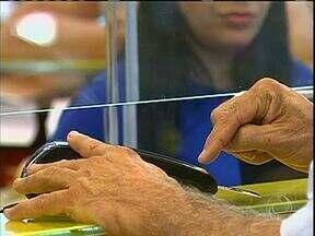 Com o aumento do movimento no comércio é preciso tomar cuidado com o cartão - Ladrões fazem compras com cartão roubado em Maringá