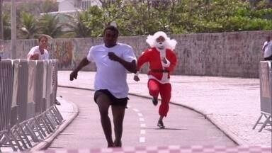 Corrida do Papai Noel agita a orla do Rio de Janeiro - Velocista Olímpico Bruno Lins se disfarçou e participou da disputa
