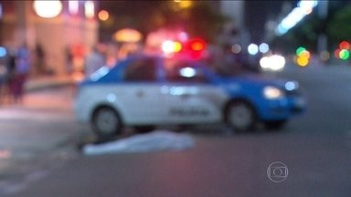 Homem morre atropelado na Av. Presidente Vargas - Na madrugada desta quarta-feira (18), um homem morreu atropelado próximo a um ponto de ônibus na Avenida Presidente Vargas, na Centralo do Brasil.