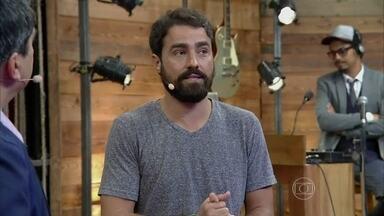 Zeca Camargo recebe Ricardo Pereira no palco do Vídeo Show - Ator comenta cenas de Joia Rara e completa décima oitava novela na carreira