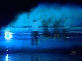 Espetáculos de luzes e águas encanta moradores e turistas de Florianópolis - Espetáculos de luzes e águas encanta moradores e turistas de Florianópolis