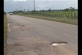 Rodovia PA-140, no nordeste do estado, está cheia de buracos - Pior trecho da via liga o município de Bujaru a Tomé-açú.