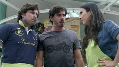Valdirene, Murilo e Jefferson perdem o emprego - Os três ficam sem saber o que vão fazer no Rio de Janeiro.