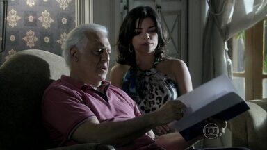 Aline consegue enganar César mais uma vez - Paloma não se conforma. Ninho provoca Aline