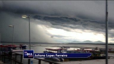Previsão do tempo - Chuva forte atinge o litoral. Nos próximos dias o tempo abre e faz muito calor.