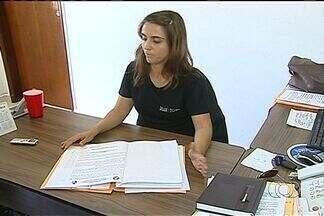 Polícia descarta a participação de pedreiro na morte de menina em Catalão - A Polícia Civil descartou a participação do pedreiro, preso há mais de um mês, no assassinato da menina Iasmin Martins de Souza Silva, que foi estuprada e morta a pauladas em Catalão. A decisão ocorreu após a conclusão de um exame de DNA.