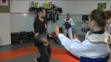 Pai e filha dividem talento e entrosamento nos tatames - Família de campeões do taekwondo é destaque em competições internacionais