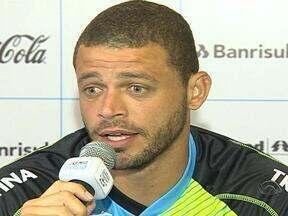 Grêmio realiza penúltimo dia de pré-temporada na Serra - Equipe principal volta a Porto Alegre para direita