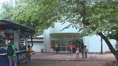 Pacientes reclamam de aparelho de Raio-X quebrado em Ribeirão Preto - Equipamento não pôde ser usado nos últimos dias em unidades de saúde.