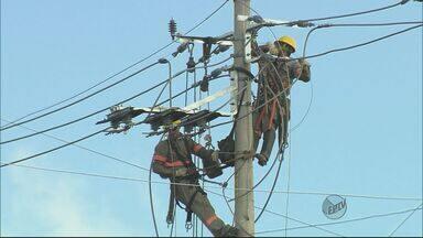 Consumidores podem pedir ressarcimento por aparelhos queimados por descargas elétricas - Consumidores podem pedir ressarcimento por aparelhos queimados por descargas elétricas