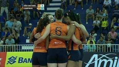 Campinas vence São Caetano pela Superliga feminina de vôlei - Equipe aproveita erros do adversário e leva a melhor por três sets a zero.