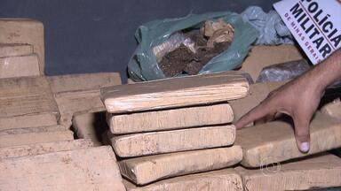 Cerca de 50 quilos de maconha são apreendidos na Grande BH - Droga foi encontrada em um carro, em Lagoa Santa.
