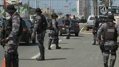 Tropa de Choque toma ruas de São Luís após ameaças de atentados - Reforço na segurança começou na terça (21), depois da denúncia de que novas ordens para ataques a delegacias teriam partido do presídio de Pedrinhas. Houve confronto com criminosos.