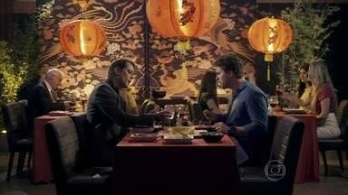 Eron e Niko falam sobre Félix - Niko pede para Eron levá-lo para ver Félix com Anjinho