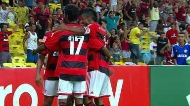 Pato vaiado e empate sofrido do Flamengo são destaque nos Estaduais - São Bernardo derrotou o Corinthians enquanto o Flamengo ficou no 2 a 2 em pleno Maracanã.