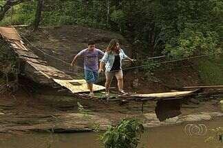 Moradores reclamam de falta de manutenção em ponte que dá acesso a bairros, em Goiás - Segundo os moradores, a situação representa perigo para quem precisa atravessar a ponte que liga dois bairros de Aparecida de Goiânia.