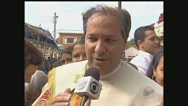 Arcebispo de Sertãozinho é nomeado para chefiar Colégio cardinalício - Ilson de Jesus Montanari tem 52 anos e foi padre em Sertãozinho até 2002.
