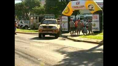 Competidores do Transparaná seguem atravessando estado - Segundo dia de competições tem trajeto de Cascavel a Campo Mourão