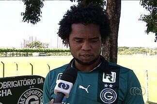 Goiás contrata meia Carlos Alberto, de 29 anos - Jogador não atua desde agosto e assina com o Verdão até o fim do ano.