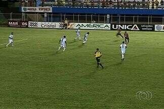 Grêmio Anápolis e Anápolis empatam por 1 a 1 - Tindurim abre o placar, mas Moisés deixa tudo igual para o Galo em chute da intermediária.