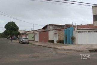 Moradores do Planalto Vinhais, na capital, reclamam do grande número de assaltos - Em menos de uma semana já foram cinco casos na área.