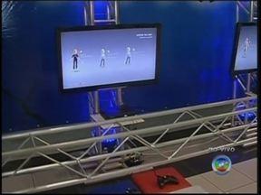 Participantes começam a chegar para o TEM Games em Marília; videogames já estão ligados - Competição começa na manhã deste sábado (1º) e vai até domingo (2), com cerca de 200 participantes e disputa de duas competições: Pro Evolution Soccer e Street Fighter