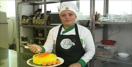 Aprenda a fazer uma torta mousse tropical para refrescar nesse verão - A fruta escolhida é o umbu cajá. Veja como fazer.