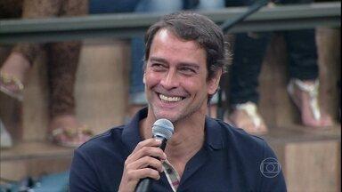 Marcello Antony comenta como interpretar um personagem gay - Ator comenta que experiência em Amor à Vida foi enriquecedora