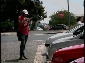 A partir deste sábado não há mais cobrança de estacionamento no Centro de Erechim, RS - Contrato com a empresa que fazia o serviço foi rescindido.