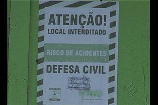 Defesa Civil tem dificuldade para retirar moradores de áreas às margens do rio Tocantins - 15 casas nas margens do rio Tocantins, em Marabá, foram interditadas.