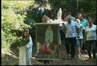 Demonstração de fé na septuagésima quarta edição da Festa na Gruta Fontana Freda - A festa aconteceu em Jaguari, no último domingo