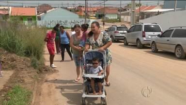 Prefeitura adia abertura de creche e frustra mães - Mães de Fazenda Rio Grande esperam há um ano e meio por vaga para os filhos.