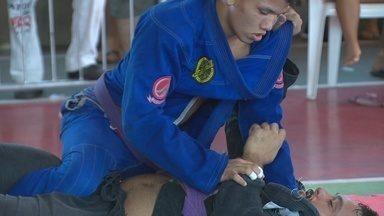 Open de jiu-jitsu do Japiim conta com a presença de Alexandre Capitão - Campeão do Jungle Fight, evento de MMA, esteve entre os competidores, na Zona Sul de Manaus.