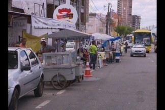 Eventos religiosos que acontecem no carnaval, em Campina Grande, movimentam economia - Muitas famílias aproveitam os eventos para garantir renda extra.