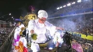 Mocidade Alegre se consagra como campeã pela terceira vez em SP - Escola venceu a Rosas de Ouro por três de décimos de diferença. É o terceiro ano seguido que a Mocidade é a grande vencedora dos desfiles da capital paulista.
