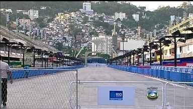 Rio de Janeiro conhece a escola campeã do carnaval de 2014 nesta quarta (5) - Apuração dos votos do Grupo Especial começa às 16h no sambódromo do Rio de Janeiro. Harmonia será o primeiro quesito para desempate, seguido de alegoria.