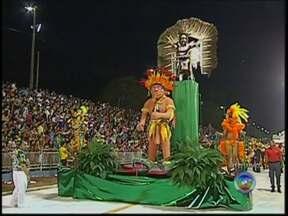 Apuração do carnaval de Bauru será nesta quarta-feira - Nesta quarta-feira (5), os foliões vão conhecer o bloco e a escola de samba campeões do carnaval 2014 em Bauru. A apuração vai ser feita a partir das 15 horas na sede da Secretaria Municipal de Cultura, na Avenida Nações Unidas.