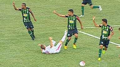 América vence Guarani por 2 a 1 em Divinópolis - Na partida teve lance polêmico que arbitragem viu gol.