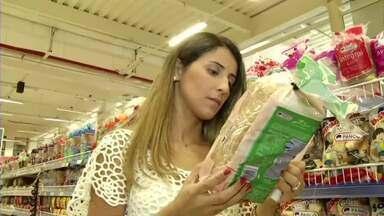 Nutricionista de Volta Redonda, RJ, fala sobre consumo de pães integrais - É preciso ficar de olho no rótulo das embalagens, porque a maioria não é tão integral como se pensa. Especialista tira dúvidas sobre dietas que restringem a alimentação.