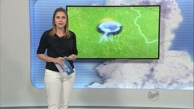Saiba como fica o tempo em Ribeirão e região - Dia amanheceu nublado na cidade, mas sensação ainda é de abafamento.