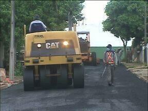 Prefeitura faz obras de pavimentação no Jd. Tarobá - Quatro ruas vão ter recape asfáltico.