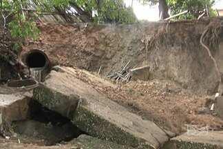 Raios atingem sistema de abastecimento de Caxias e deixa cidade sem água - A forte chuva que caiu essa noite no leste do estado causou muitos transtornos à população.