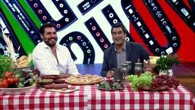 Thiago Lacerda é recebido com banquete italiano - O ator relembrou papeis em que interpretou italianos