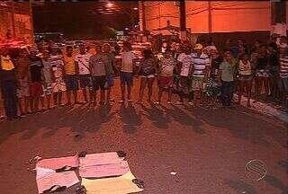 Moradores do Parque dos Faróis fazem protesto por mais de três horas - Moradores do Parque dos Faróis fazem protesto por mais de três horas