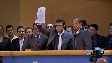 Gilmar Olarte toma posse como novo prefeito de Campo Grande - A cerimônia foi realizada na manhã desta quinta-feira (13) na Câmara Municipal de Vereadores