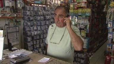 Moradores de Bertioga estão sem telefone - Situação no litoral de São Paulo já dura semanas.