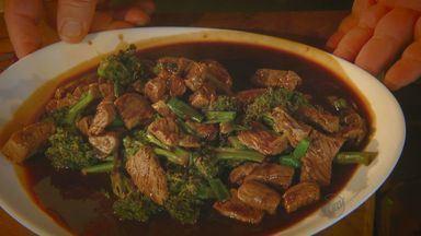 'Prato Feito' dá dica de receita com toque oriental - Fernando Kassab ensina a preparar, nesta quinta-feira (20), uma receita de carne com molho shoyu, brócolis e cebola.